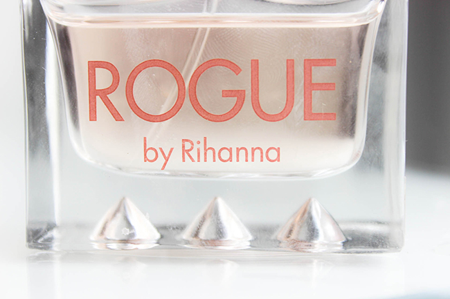 rogue-by-rihanna-parfum-4