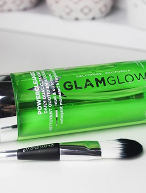Glamglow Powercleanse-1