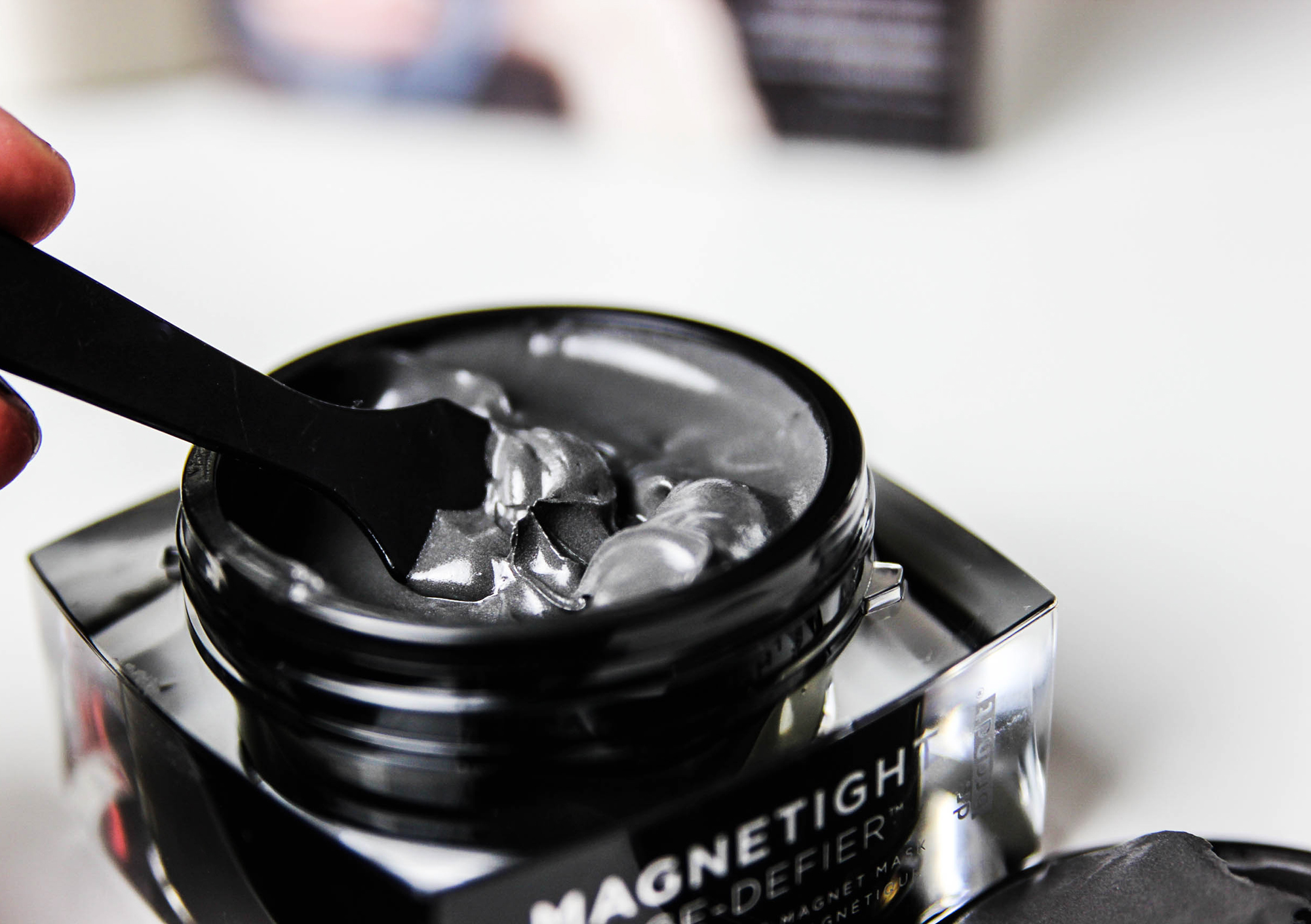 Magnetight_masque-Dr Brandt-16