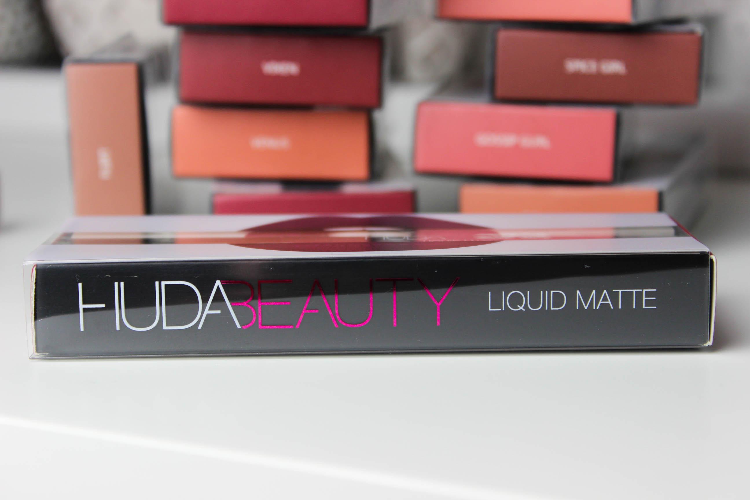 Huda Beauty_ Matte_Rouge à lèvres_liquide_4