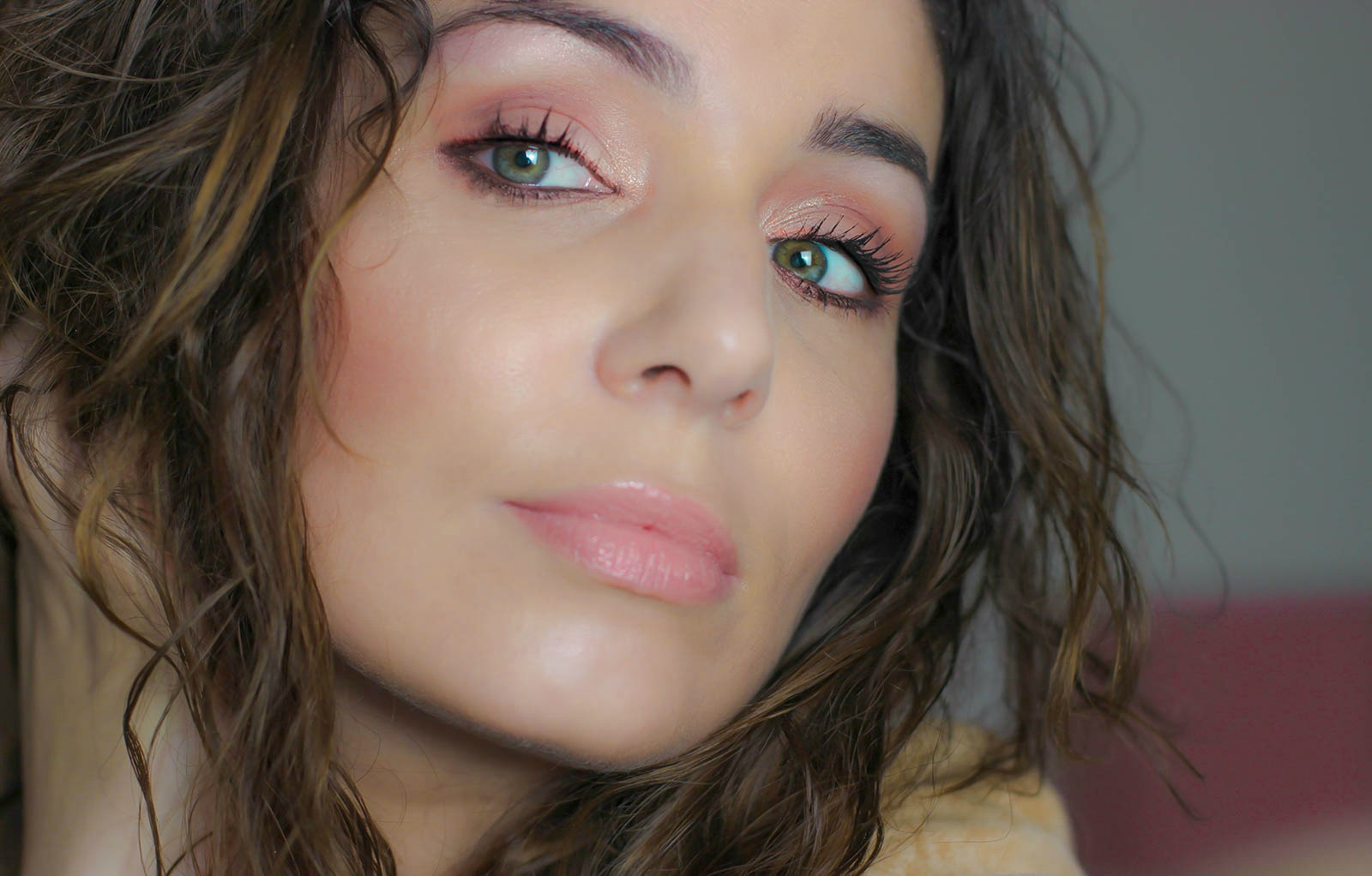SWEET_PEACH_TOOFACED_makeup-4-2